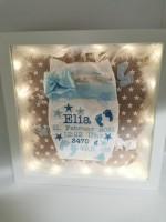 Bestickte Windel im Rahmen mit LED - Newborn Baby Windel mit weißem Rahmen